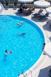 exterior-pool-17