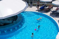 exterior-pool-18
